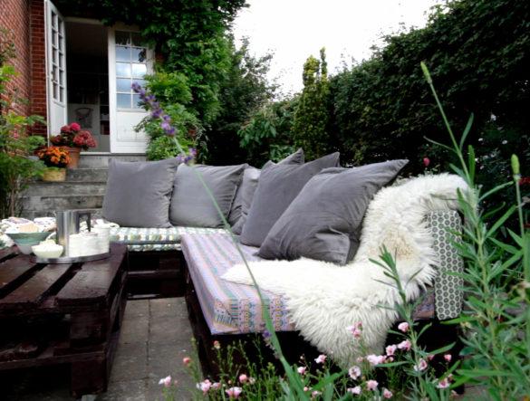 Byg et loungemøbel af paller