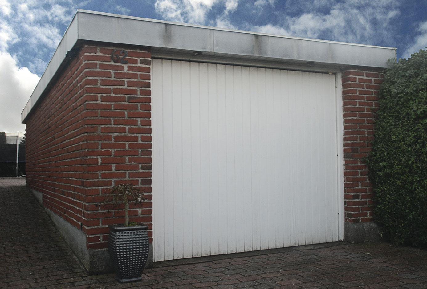 Førbillede af garageport