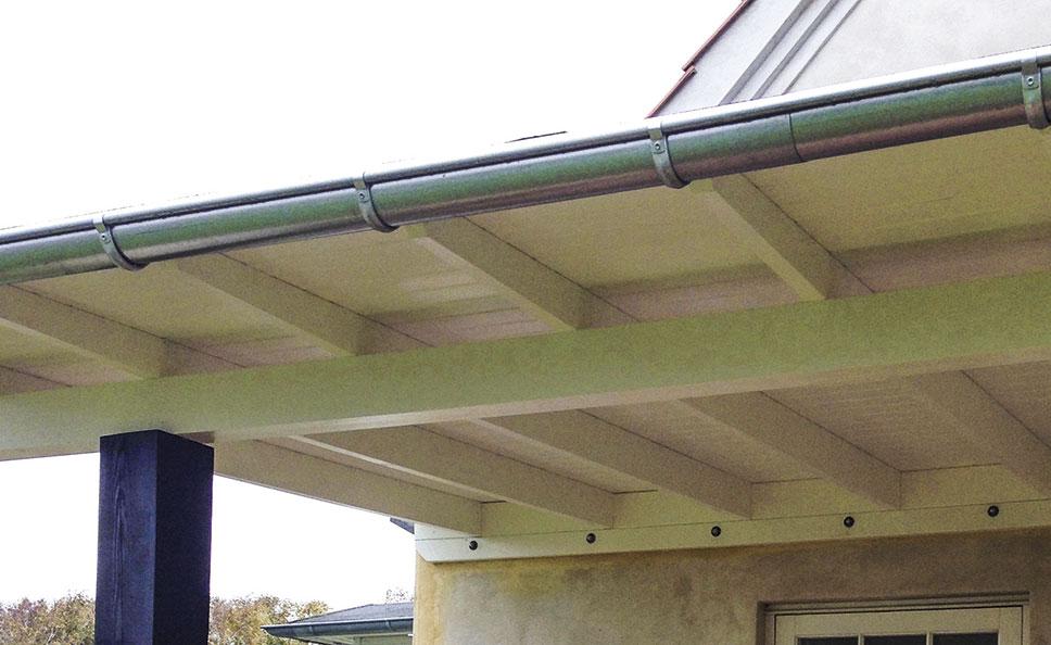 Tagrende monteres på overdækket terrasse