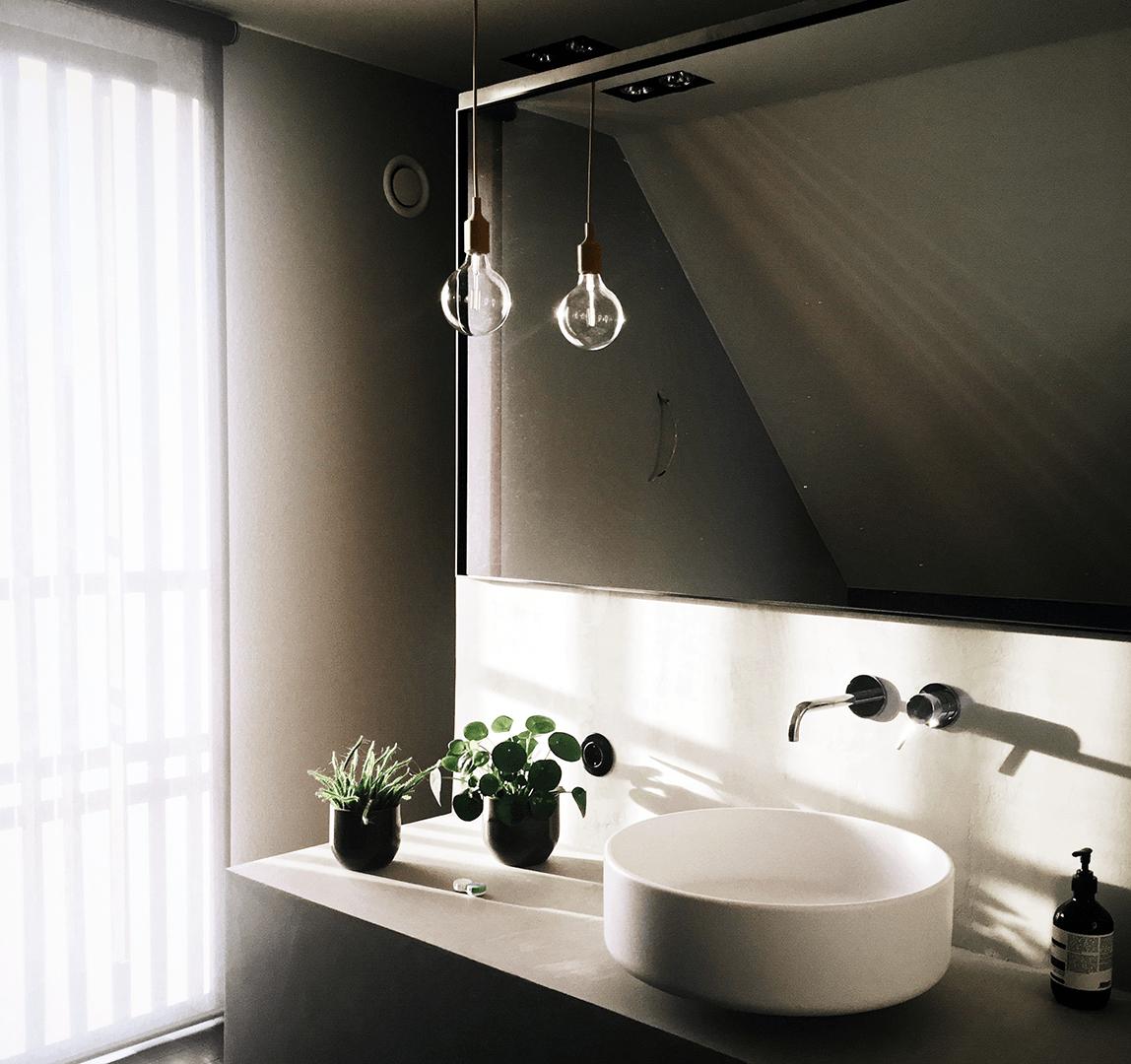 kreativ belysning på badeværelset