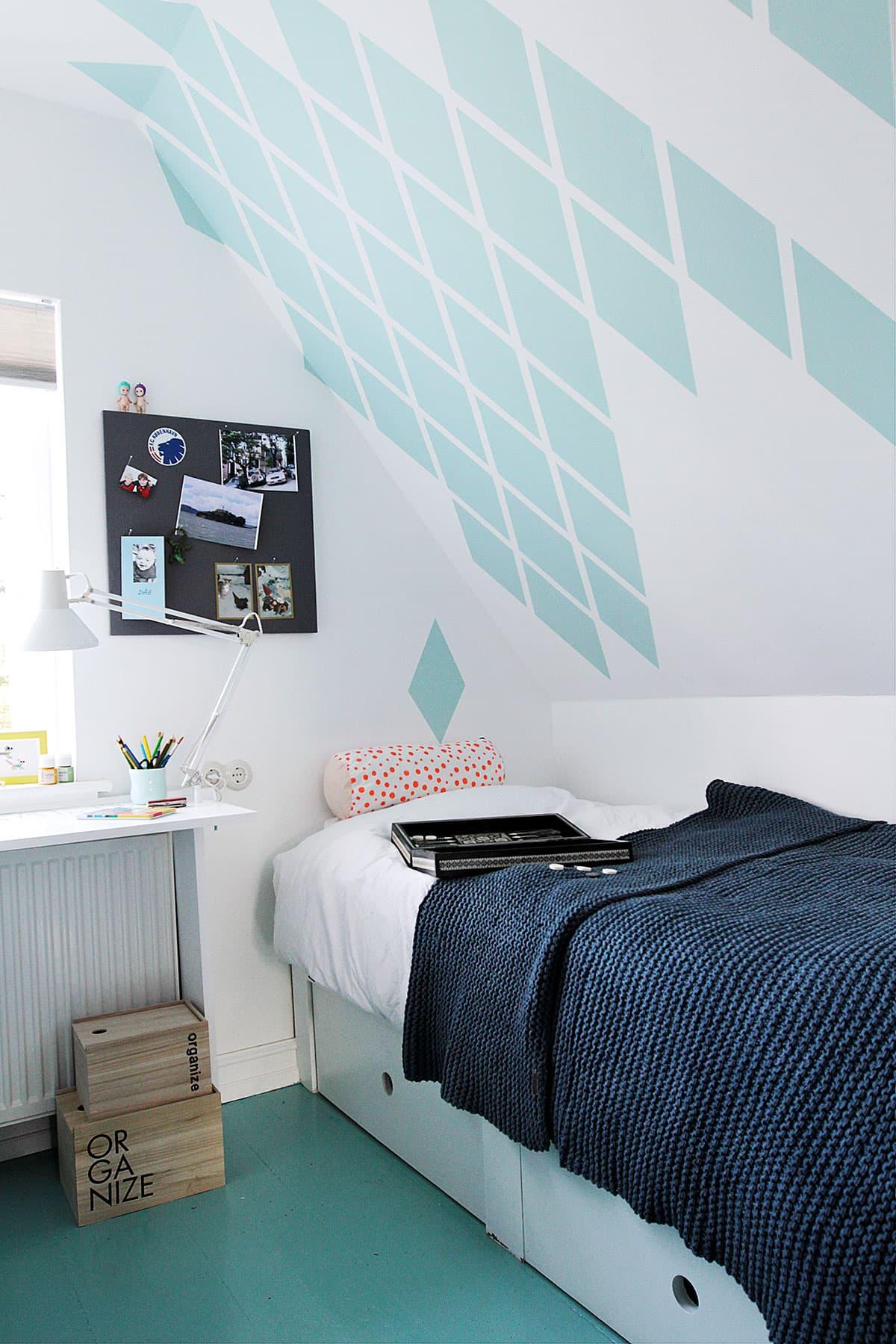 Indbygget seng på drengeværelse