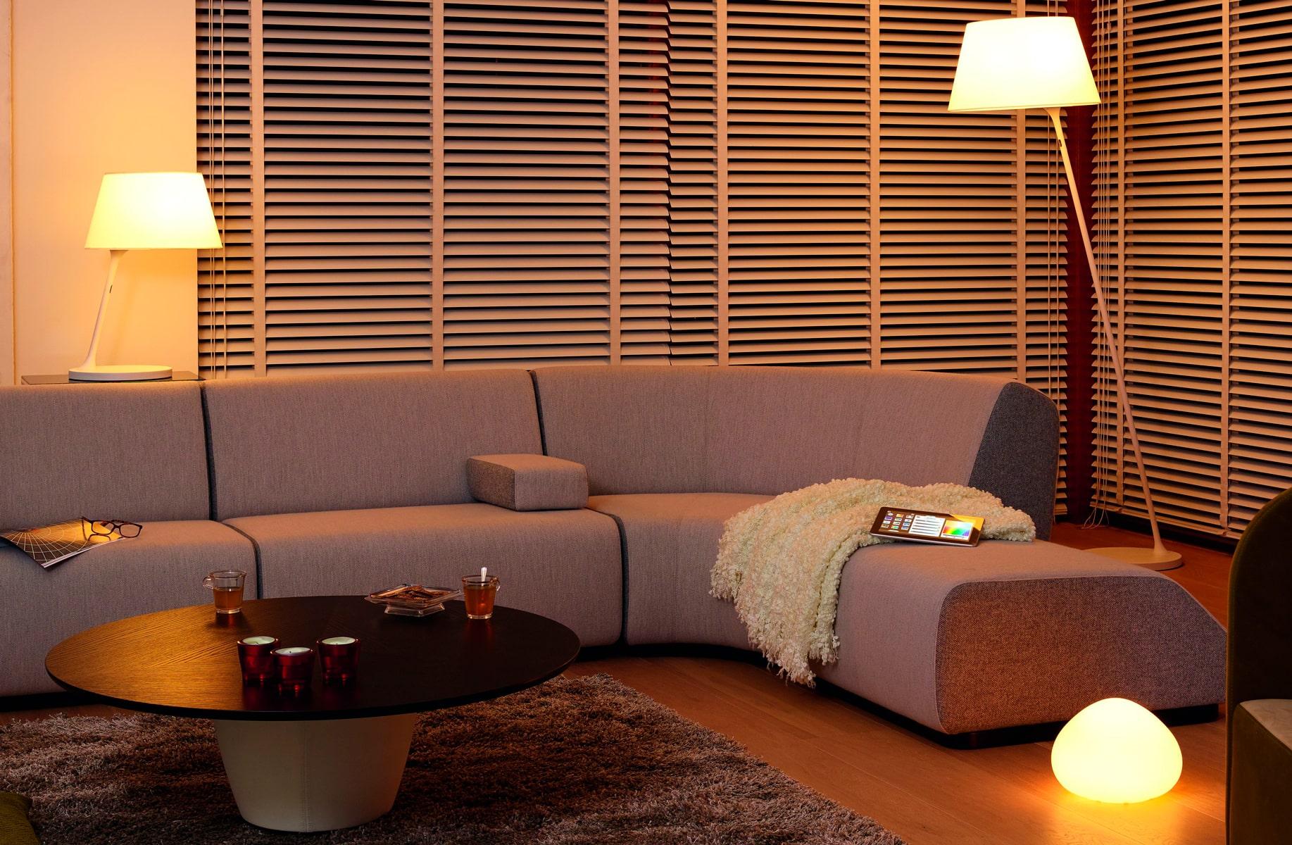 stue med smart belysning